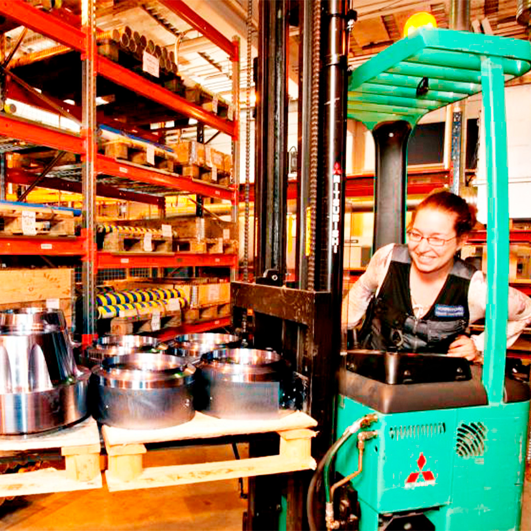 variety-of-job-possibilities-at-Norrhydro-production-of-hydraulic-cylinders